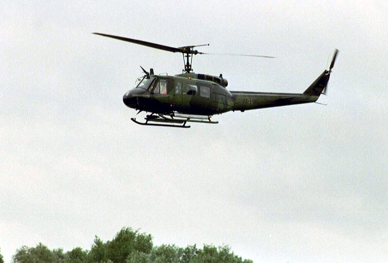 uh 1d helicopter with Uh 1d on UH 1D additionally  in addition Index likewise Kit kh 80154 also 13369.