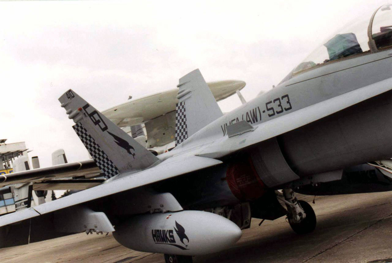 United States Marine Corps: McDonnell Douglas F/A-18 C Hornet