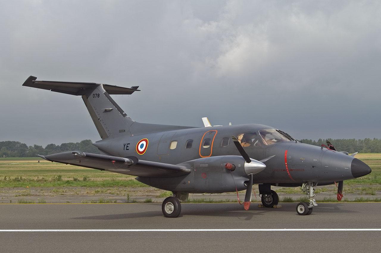 Xingu Armée de l'air: E...