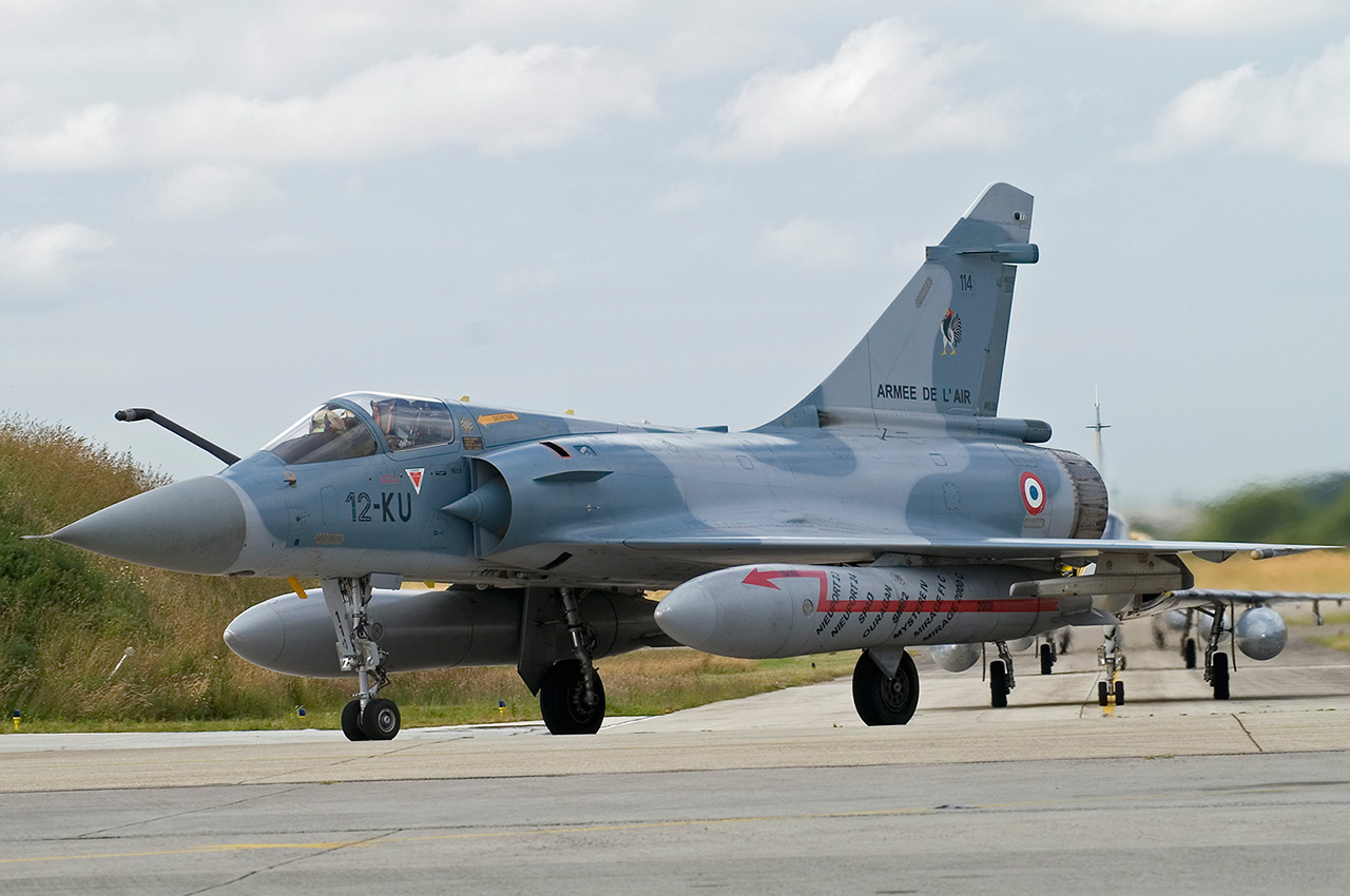 Mirage2000C further I16photo further View large also Blow Molding moreover russianhelicopters. on fueltanks